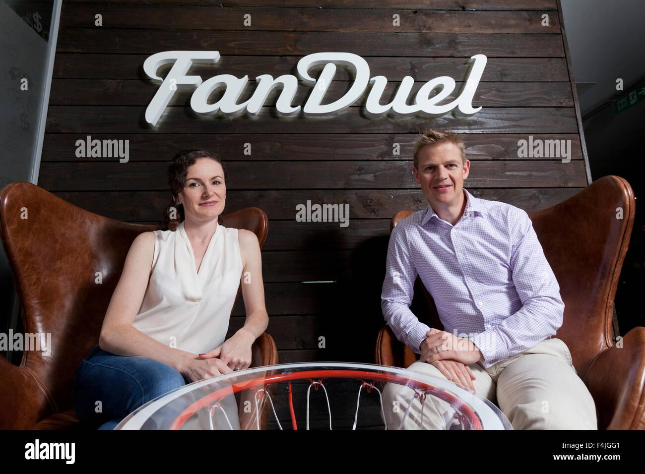 Nigel (à droite) et Lesley Eccles. Co-fondateurs de la plate-forme en ligne fantasy sports, FanDuel. Edimbourg, Photo Stock