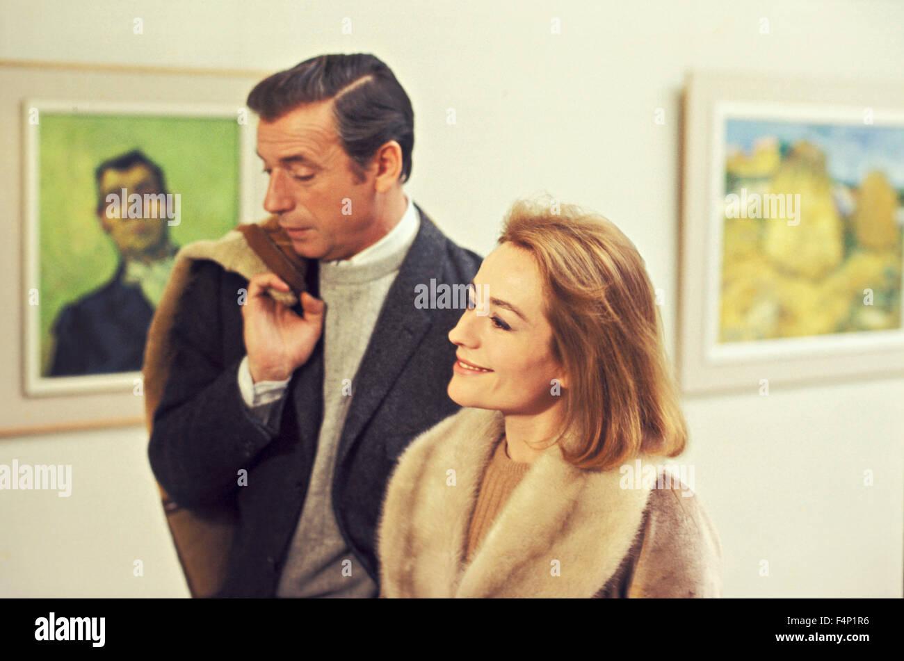 Annie Girardot Yves Montand / Vivre pour vivre 1967 réalisé par Claude Lelouch Banque D'Images