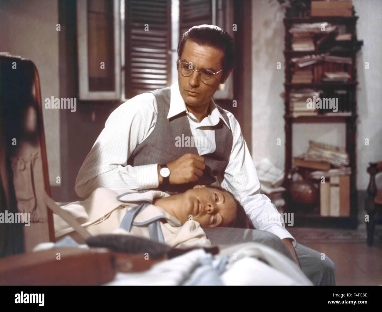 Alain Delon et Romy Schneider / l'Assassinat de Trotsky / 1972 réalisé par Joseph Losey Banque D'Images