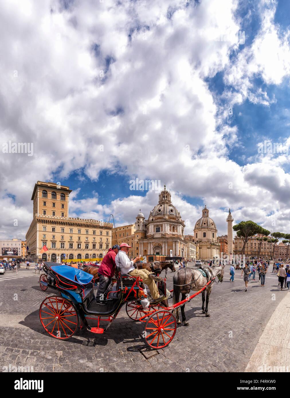 L'Italie, l'Europe, Lazio, Rome, Roma, ville, village, printemps, personnes, cheval, transport, Piazza della Photo Stock