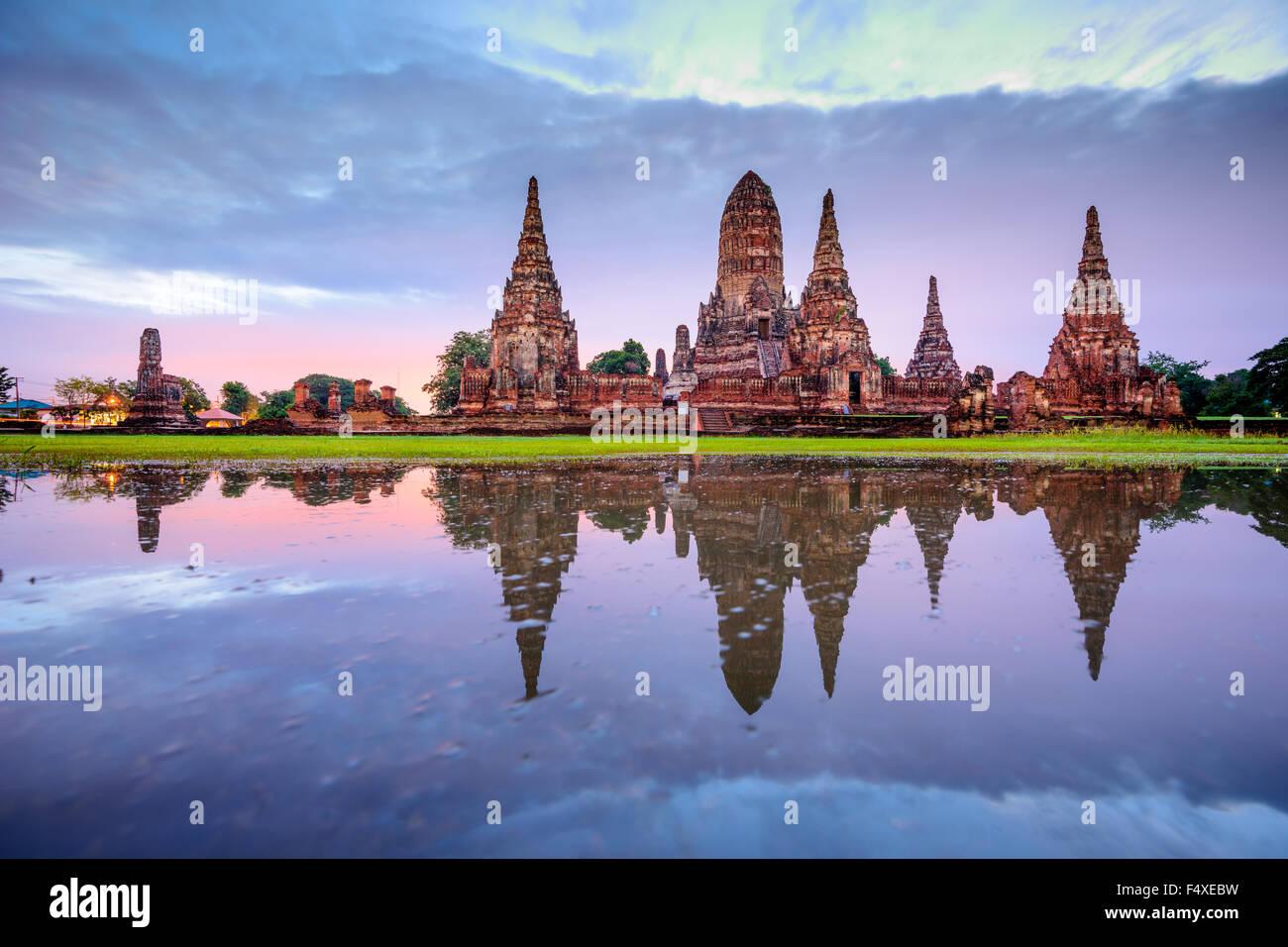 Ayutthaya, Thaïlande au Wat Chaiwatthanaram. Photo Stock