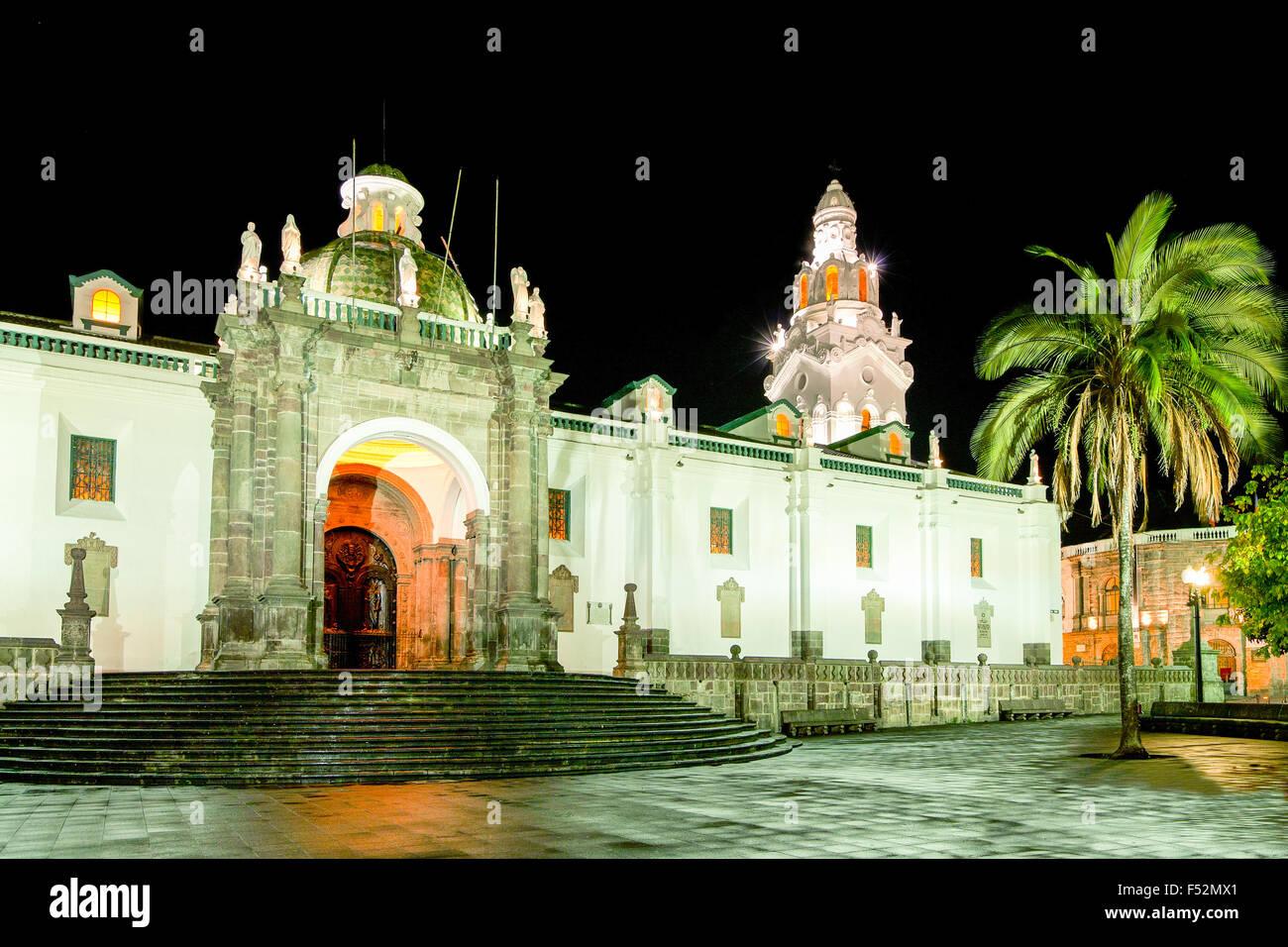 Sur la place principale de la cathédrale de Quito Equateur Photo Stock
