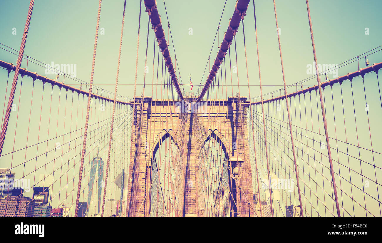 Vintage photo aux couleurs du pont de Brooklyn, New York, USA. Photo Stock