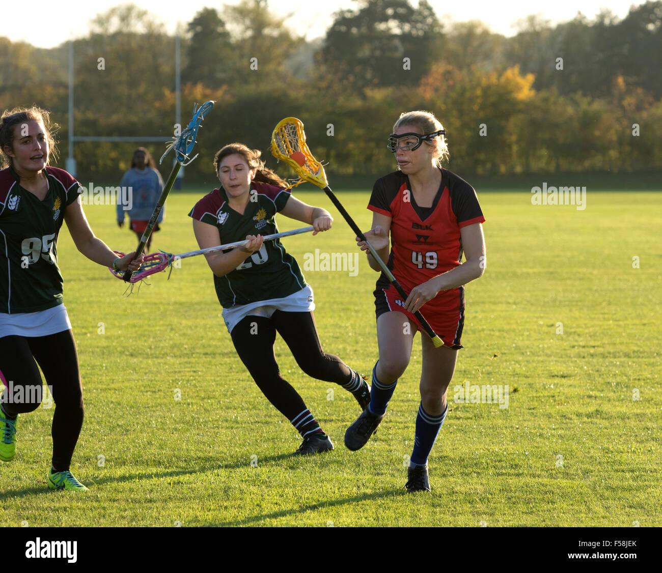 Le sport universitaire - mesdames lacrosse à l'Université de Warwick, Royaume-Uni Photo Stock