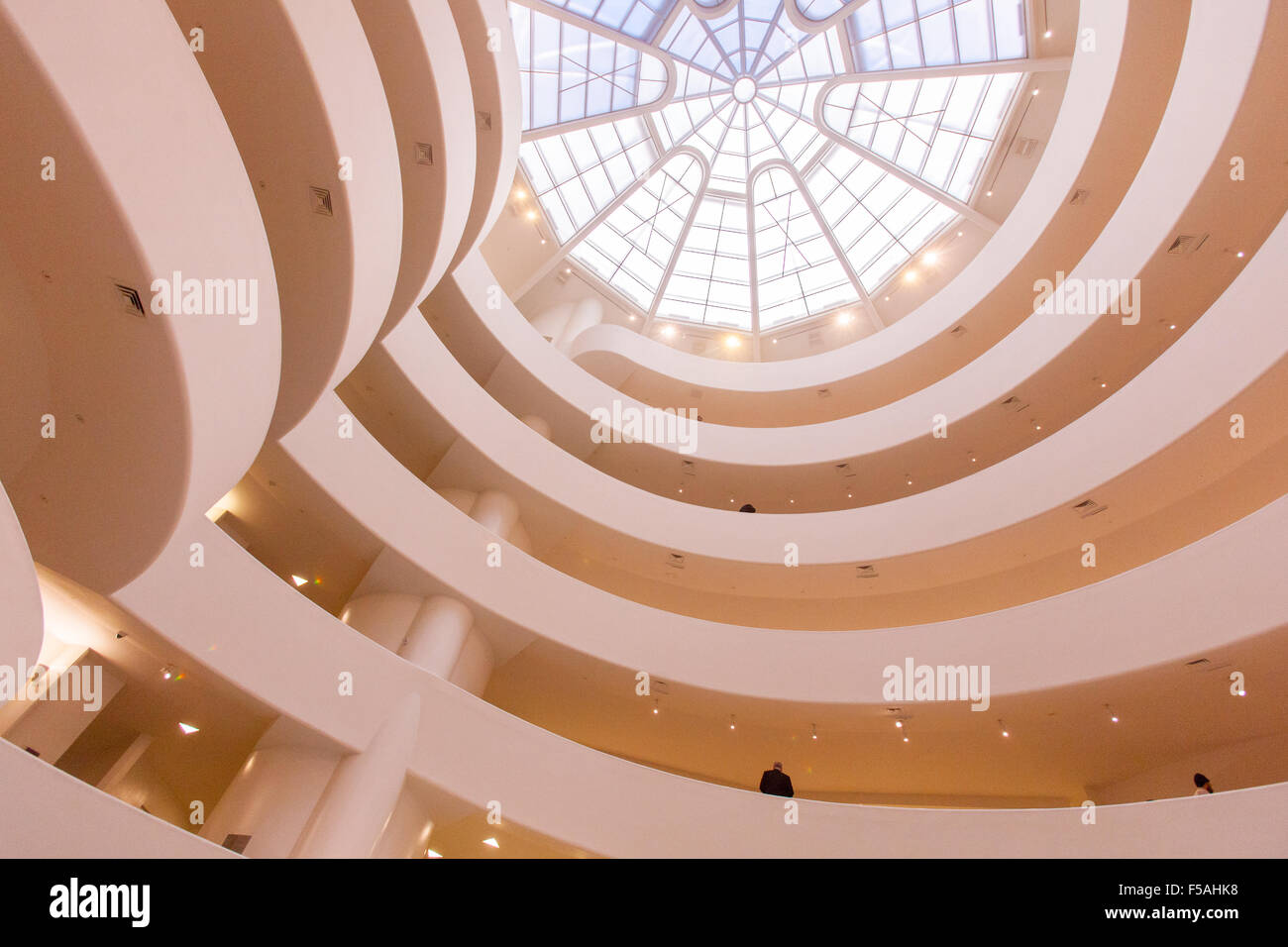 Le Musée Guggenheim de New York City, États-Unis d'Amérique. Conçu par Frank Lloyd Wright. Photo Stock