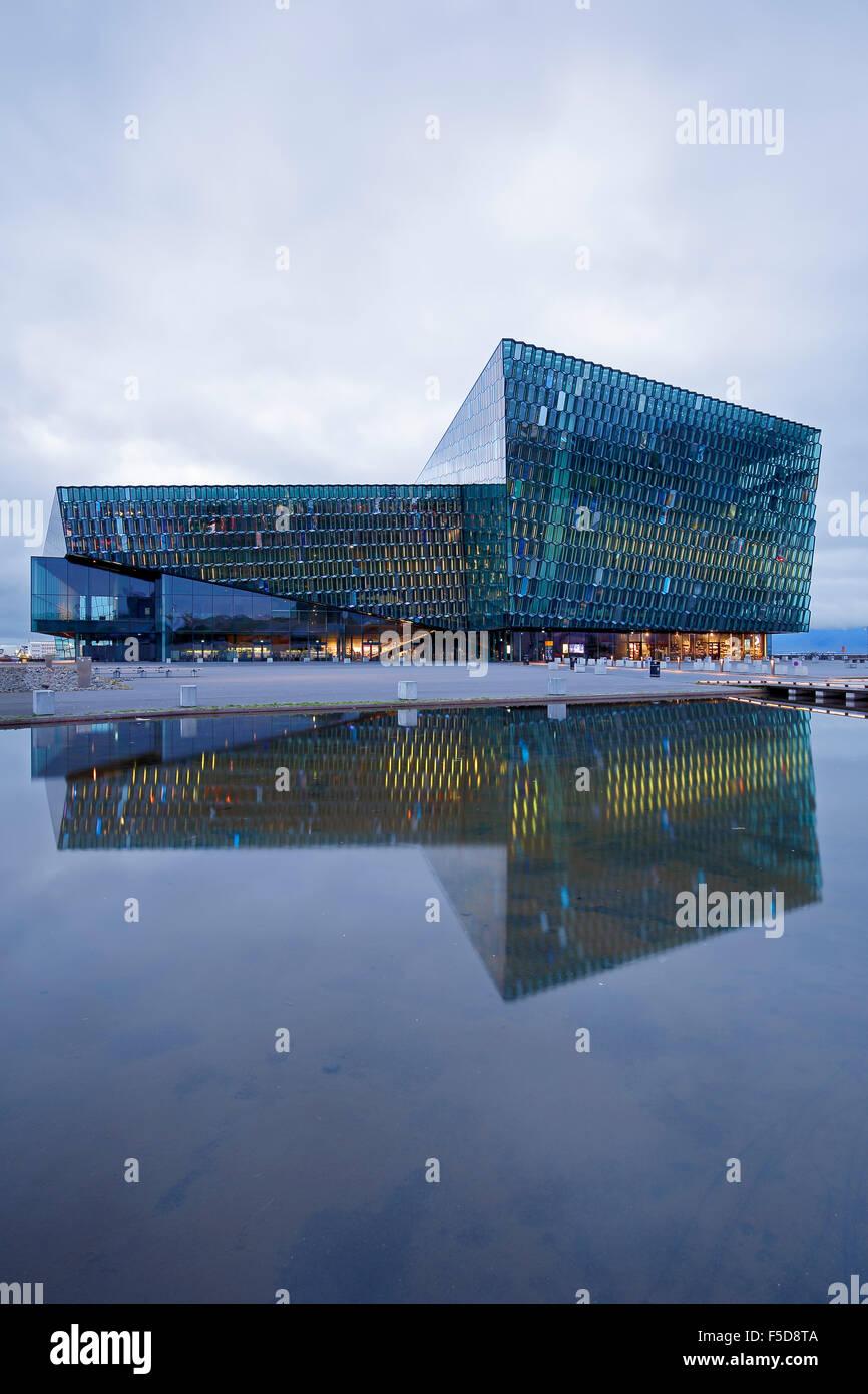Harpa Concert Hall et centre de conférences, Reykjavik, Islande Banque D'Images