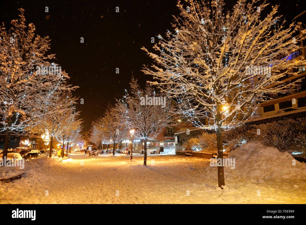 Saint-Gervais-les-Bains en hiver, Haute-Savoie, France, Europe Banque D'Images