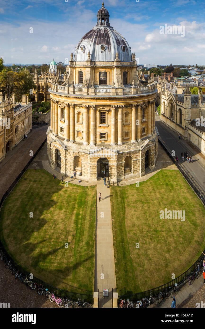 Radcliffe Camera, à partir de l'église Sainte-Marie, Oxford, Oxfordshire, Angleterre, Royaume-Uni, Photo Stock