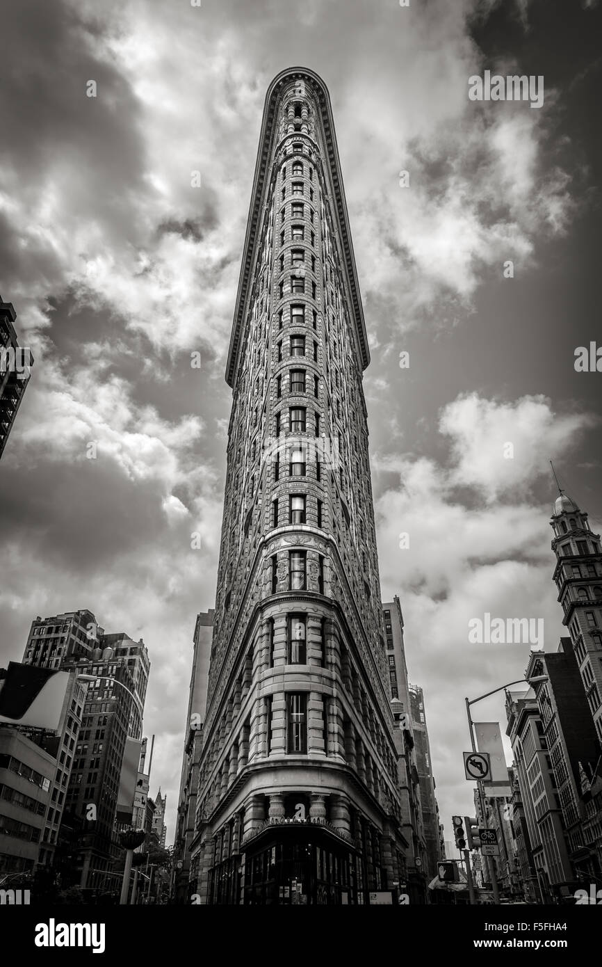 New York Vertical : le Flatiron building. L'un des premiers gratte-ciel de New York, il est situé Photo Stock
