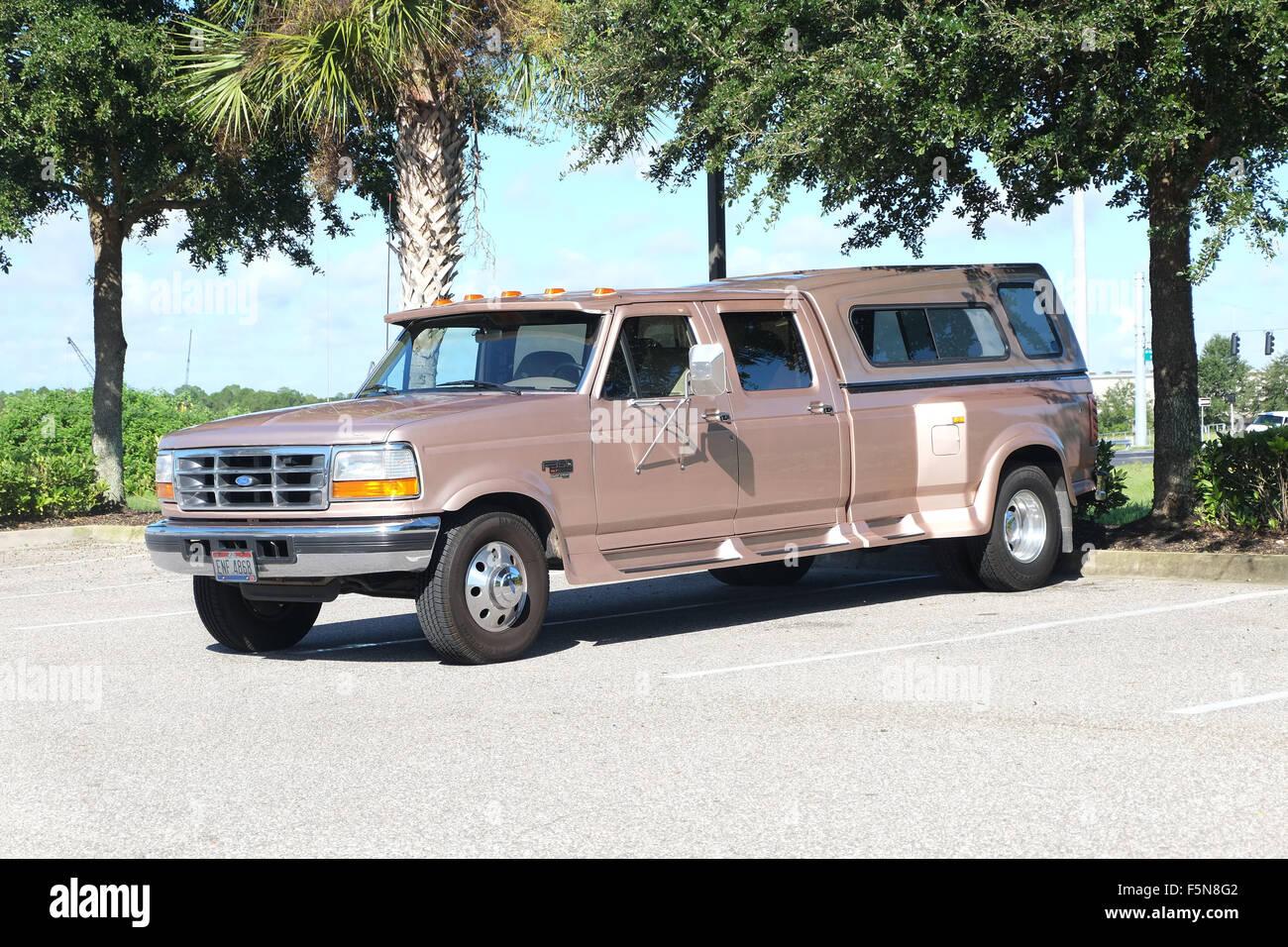 Plus gros camion utilisé comme voiture de tous les jours par les Américains en Floride, Photo Stock