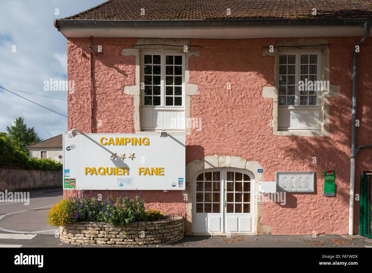 L'entrée du camping Paquier Fane camping à Val de Vesle France Banque D'Images