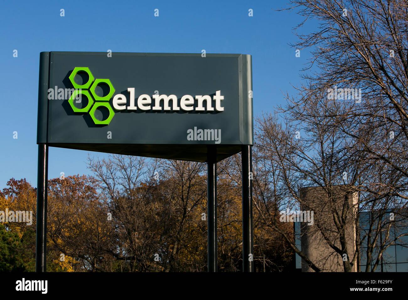 Un logo affiche à l'extérieur d'un établissement occupé par financière de l'élément Photo Stock