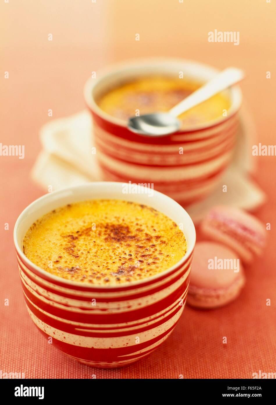 Crème brulée au safran Banque D'Images