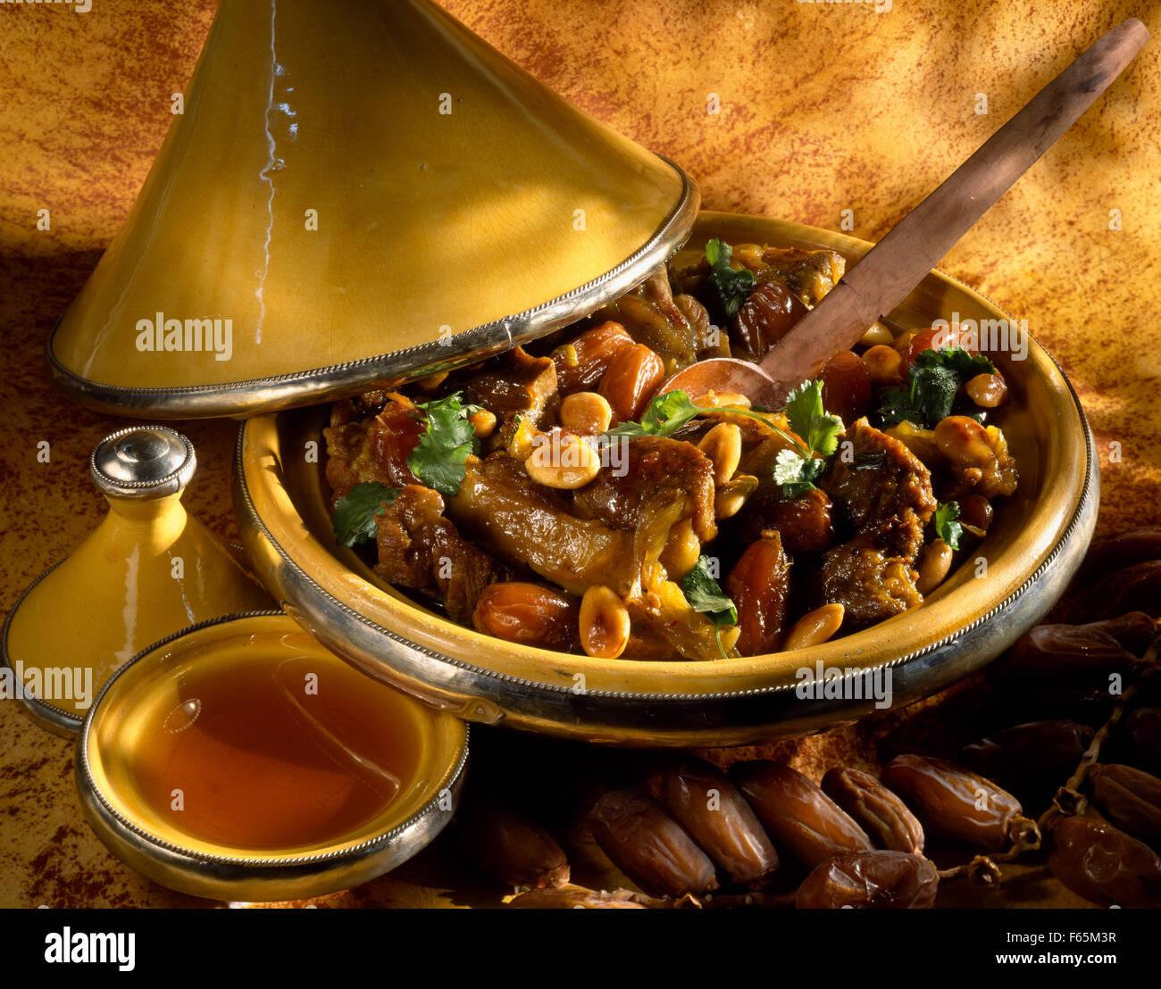Agneau, fruits secs et miel Tajine Banque D'Images