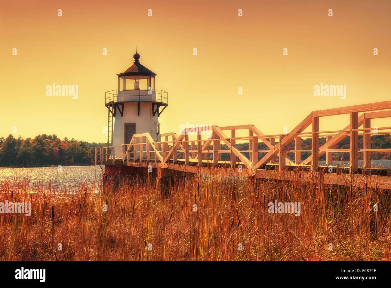 Le phare de la pointe doublé sur la rivière Kennebeck dans la côte de la Nouvelle Angleterre Photo Stock