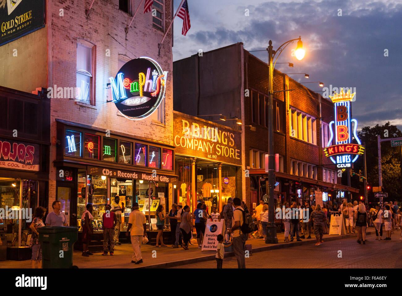 Beale Street, au crépuscule, Memphis, Tennessee, États-Unis Banque D'Images