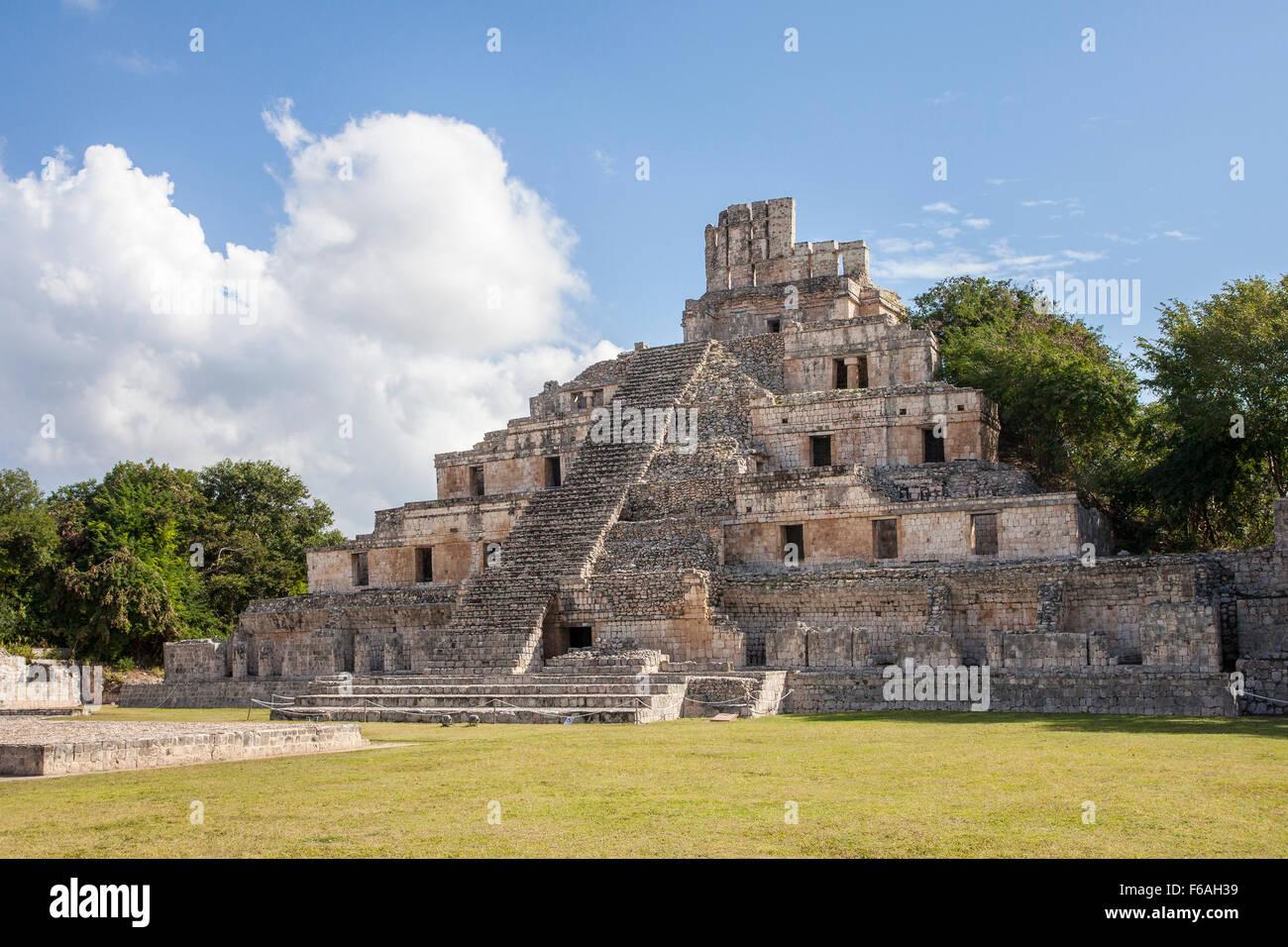 La pyramide à cinq étages les ruines maya de edzna, Campeche. Photo Stock