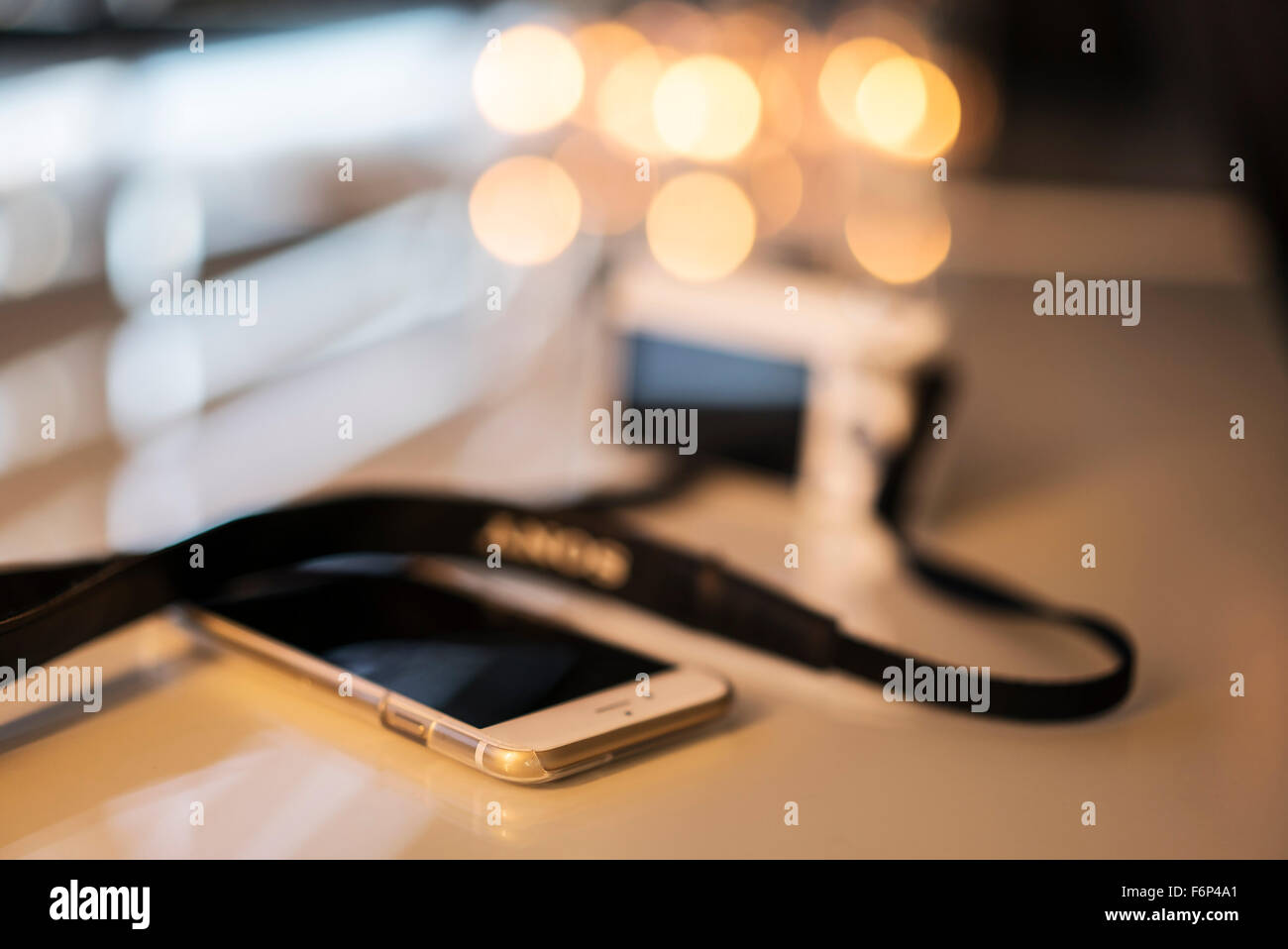 Smartphone et appareil photo numérique Banque D'Images