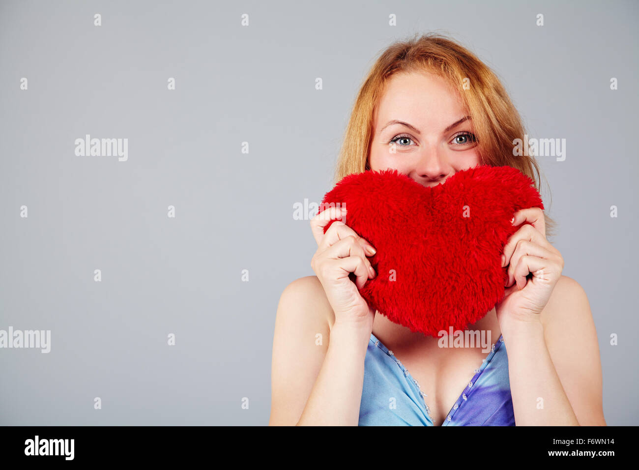 Femme en attente de Valentine's Day Photo Stock