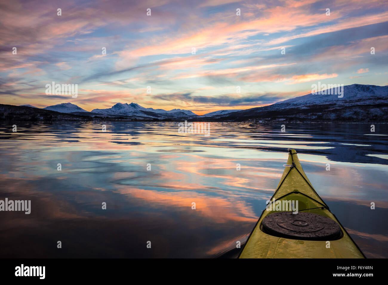 Belle eau calme kayak Photo Stock