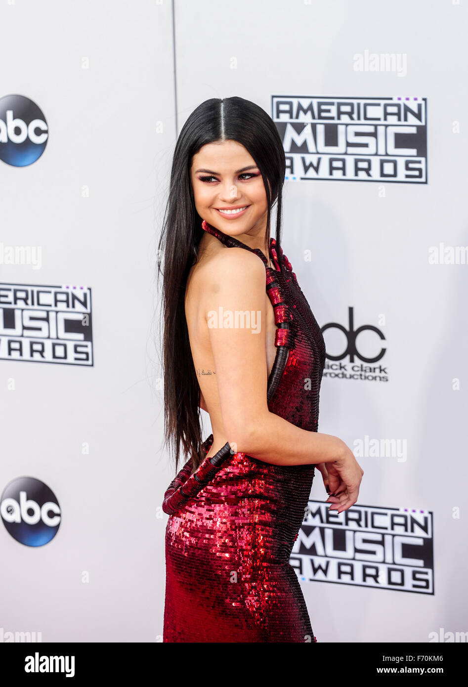qui est Selena Gomez datant 2014