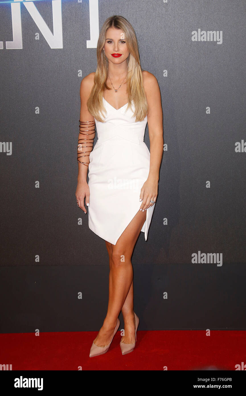 Mar 11, 2015 - Londres, Angleterre, Royaume-Uni - Vogue Williams assiste à la première mondiale d'insurgés, Photo Stock