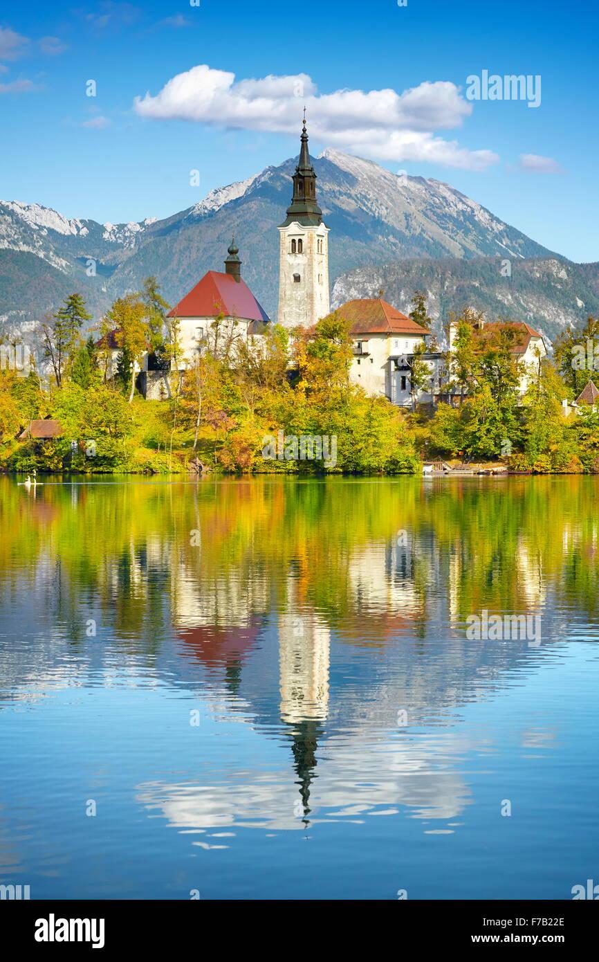Le lac de Bled et Église Santa Maria, les Alpes Juliennes, en Slovénie Photo Stock