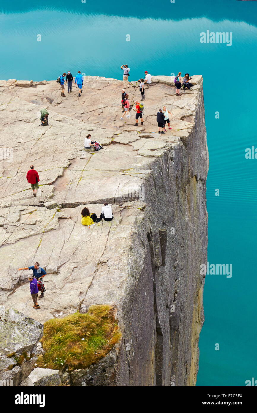 Preikestolen (Pulpit Rock), Lysefjorden, Norvège Photo Stock