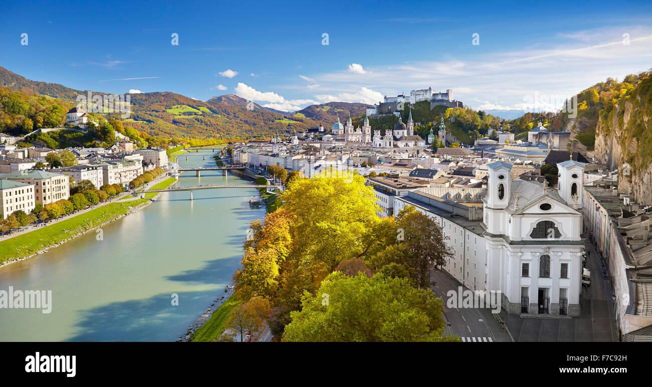 Vue aérienne de la vieille ville de Salzbourg, Autriche Photo Stock