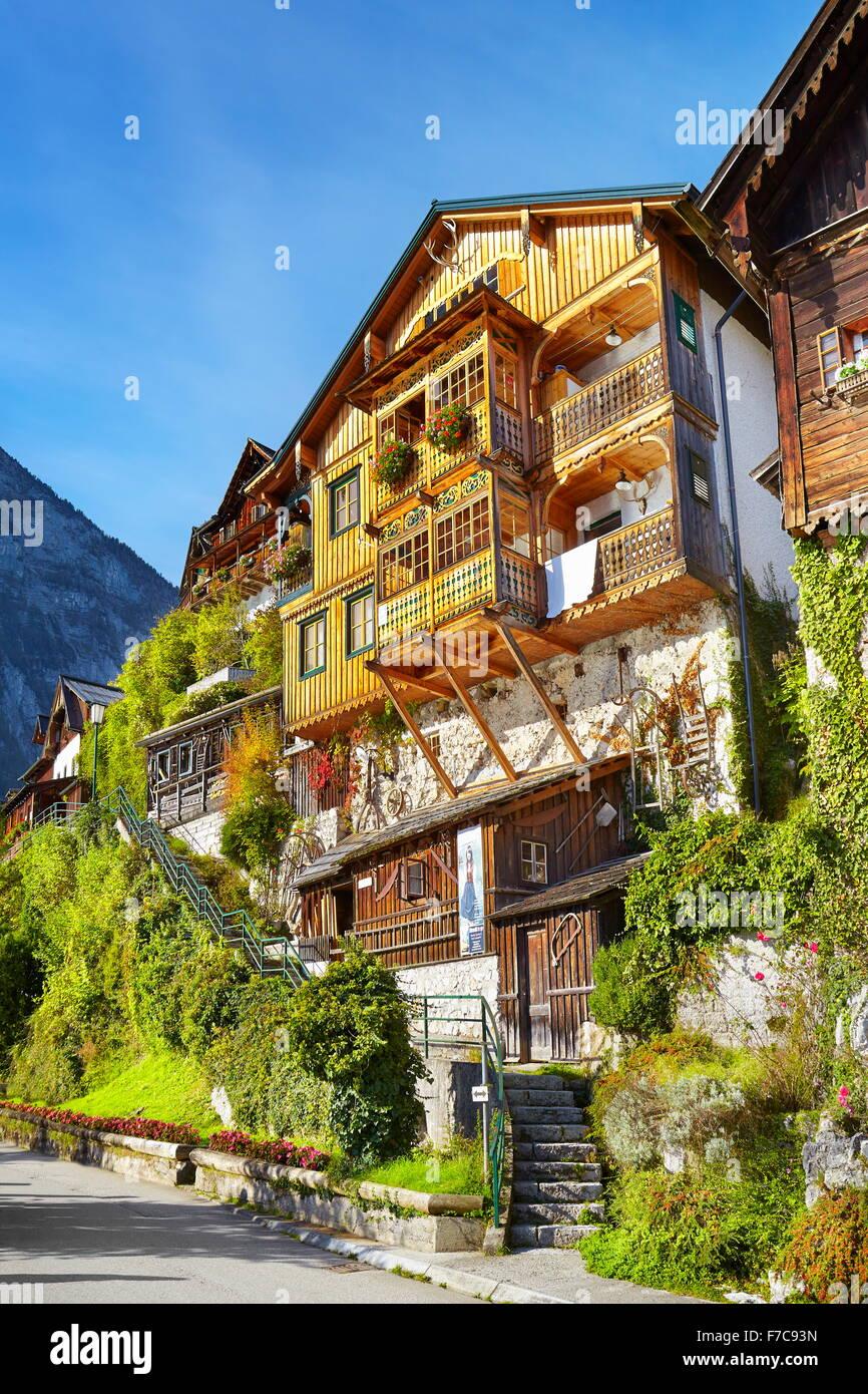 Hallstatt village - maison typique, Salzkammergut, Autriche Photo Stock