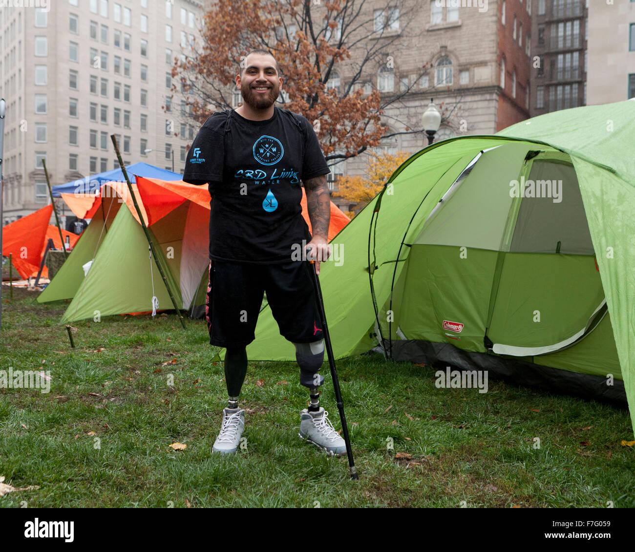 L'ancien combattant nous avec l'amputation d'un rallye au cannabis médical - Washington, DC USA Photo Stock