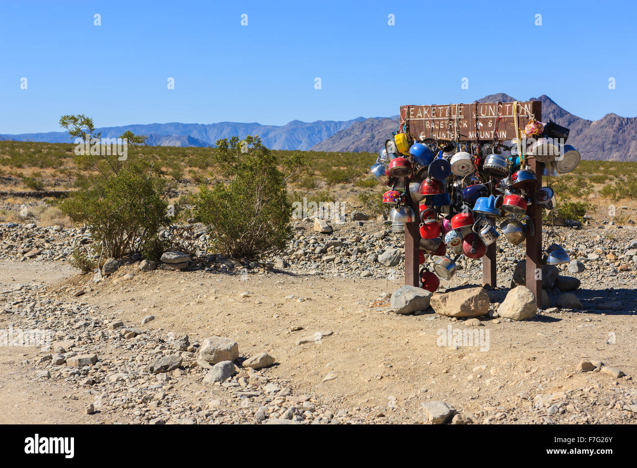 Plateau électrique junction road sign in Death Valley N.P, California, USA Photo Stock