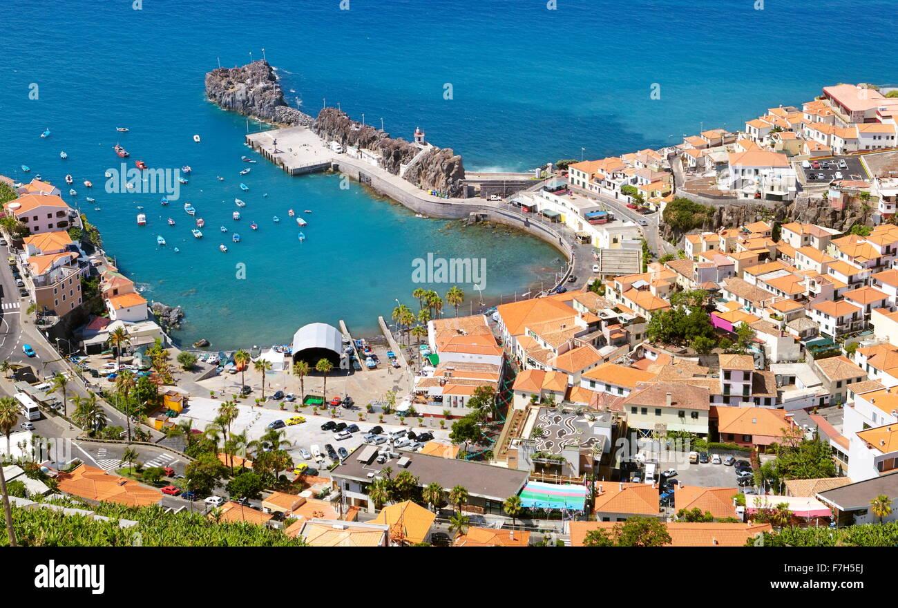 Vue aérienne de Camara de Lobos, l'île de Madère, Portugal Photo Stock