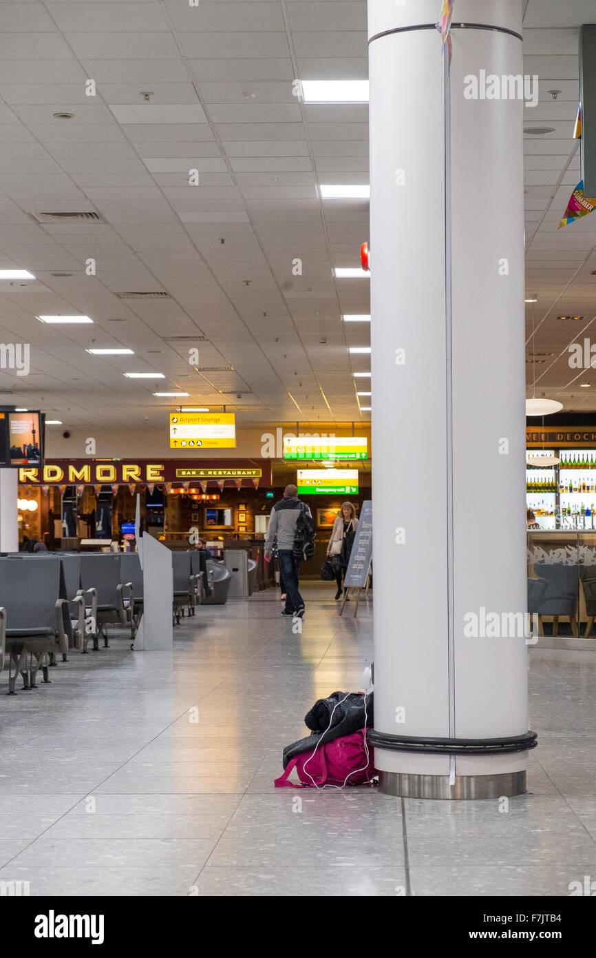 Assurance bagages sac sans surveillance uk airport lounge Photo Stock