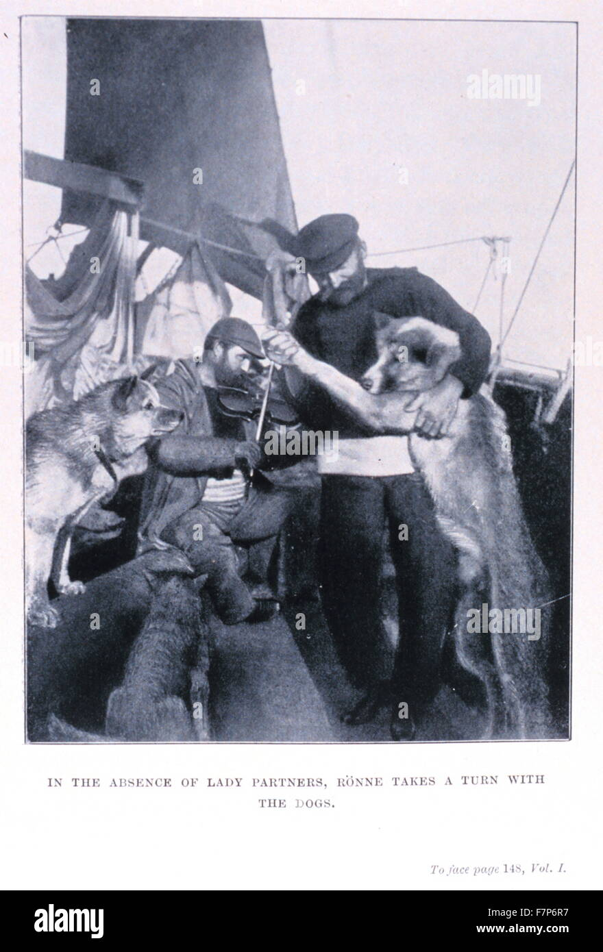 """Ronne prend un tour avec les chiens."""" Dans: 'Le Pôle Sud', par Roald Amundsen, 1872-1928. Photo Stock"""