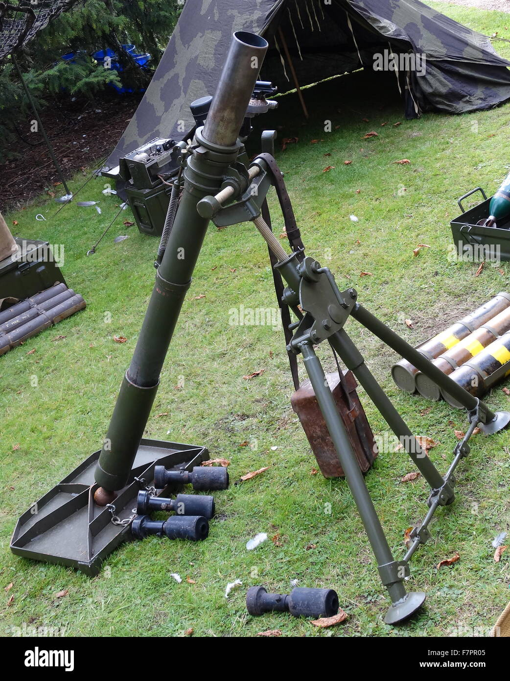 la seconde guerre mondiale l 39 arm e britannique de mortier sur le terrain banque d 39 images photo. Black Bedroom Furniture Sets. Home Design Ideas