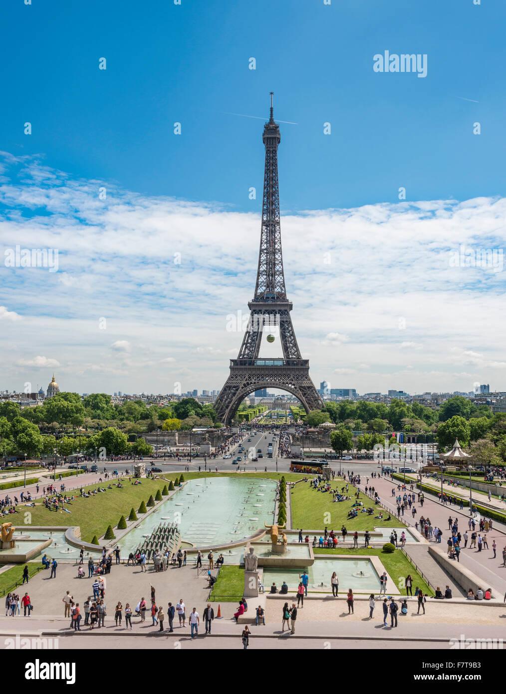 La Tour Eiffel Tour Eiffel Trocadero Les Jardins Du Trocadero