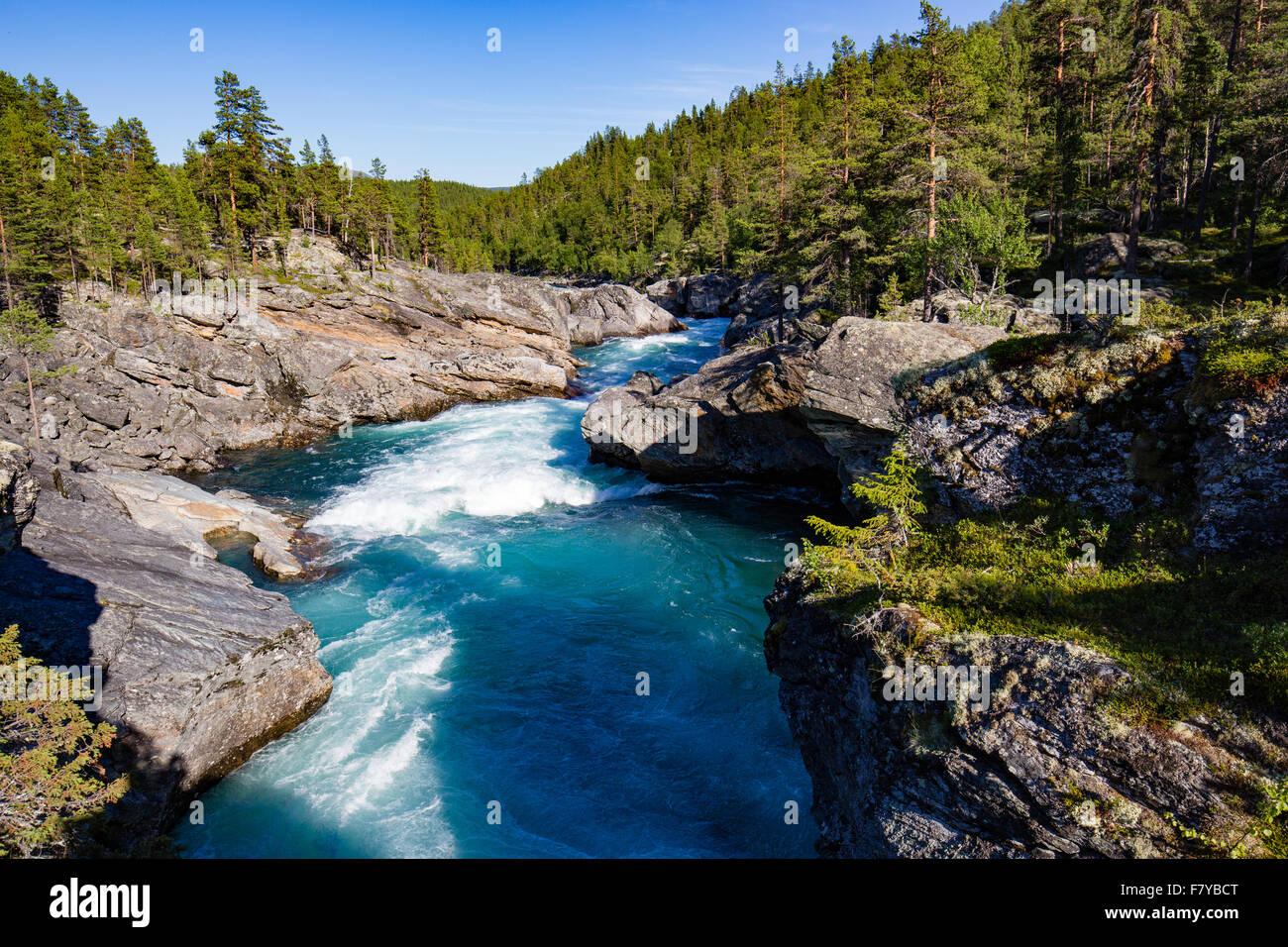 Ridderspranget ou Knight's Leap où une grande rivière est forcée à travers une gorge étroite dans le parc national Banque D'Images