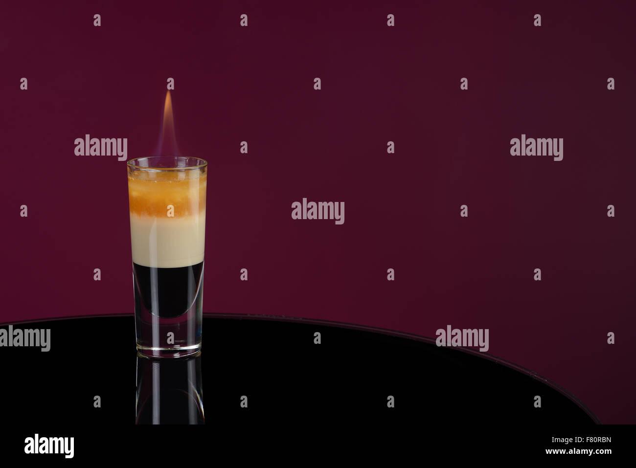 B 52 flamme wiyh cocktail Banque D'Images