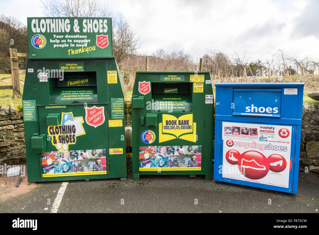 Centre de recyclage en parking, Eyam, UK Photo Stock
