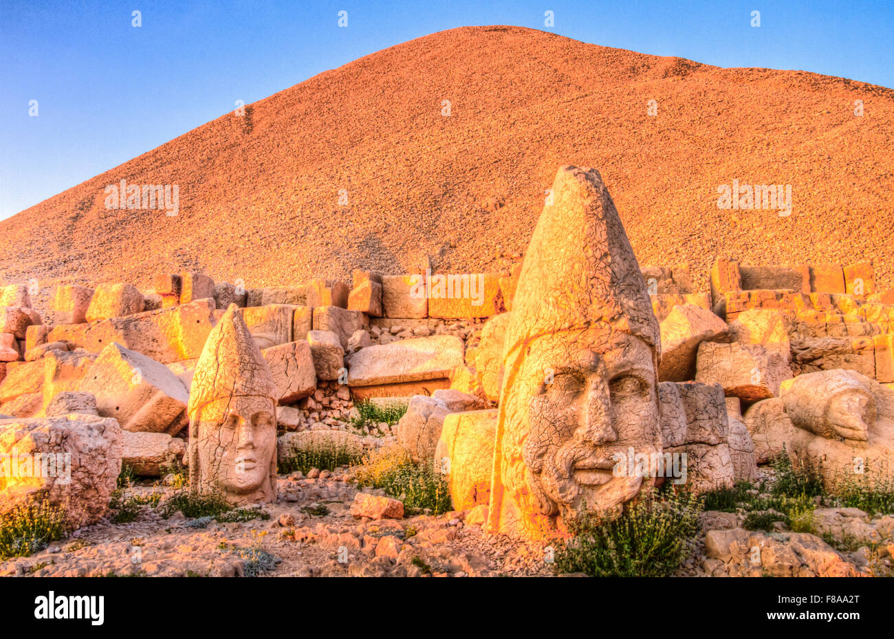 Grand Zeus et Alexandre le Grand sculpture, Mt. Parc national de Nemrut, Turquie, ancienne des vestiges de 2000 Photo Stock