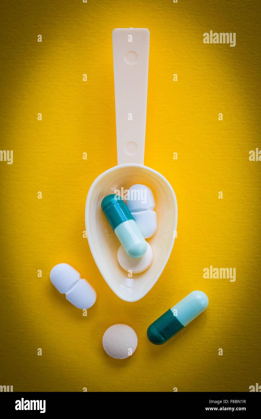 Gélules et comprimés.. Photo Stock