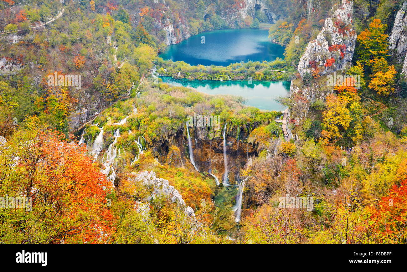 Le parc national des Lacs de Plitvice, paysage d'automne, Plitvice, Croatie, l'UNESCO Photo Stock