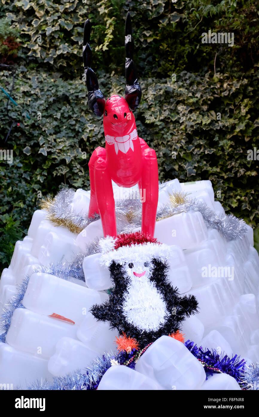 Jardin de Noël et décorations gonflables igloo rennes fabriqués à ...
