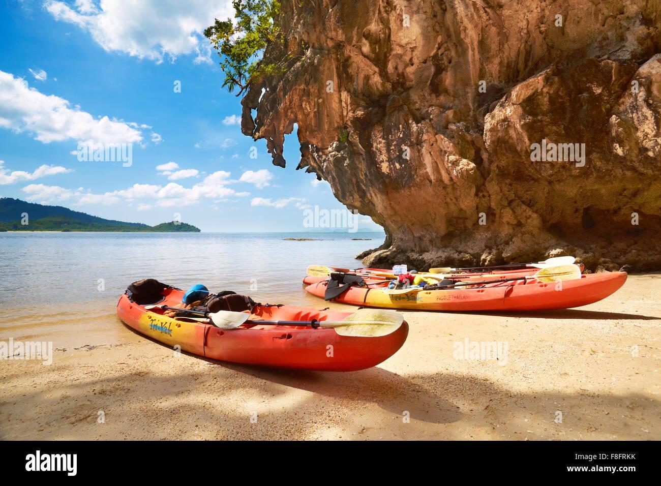 Thaïlande - Baie de Phang Nga paysage, voyage de canoë Photo Stock