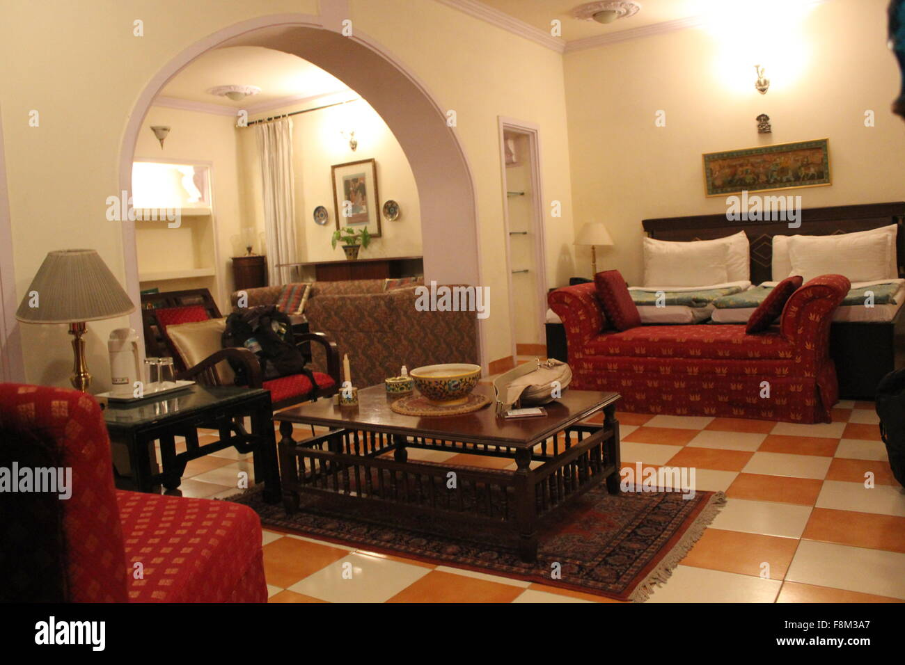 agra inde 26 nov hospitalit indienne traditionnelle chambre dans un hotel agra le 26. Black Bedroom Furniture Sets. Home Design Ideas