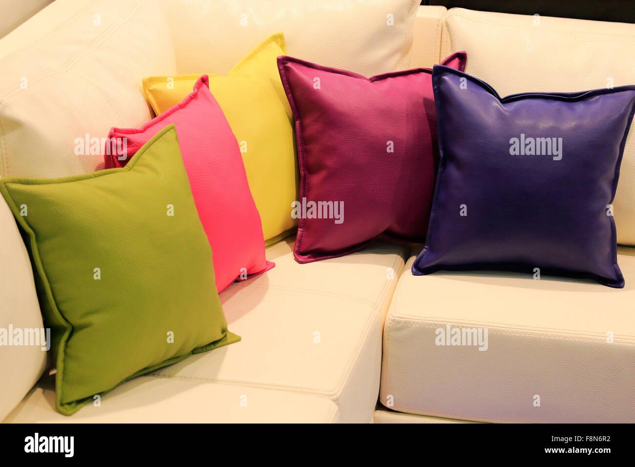Canapé Multi Couleur en ce qui concerne multi colored leather sofa photos & multi colored leather sofa