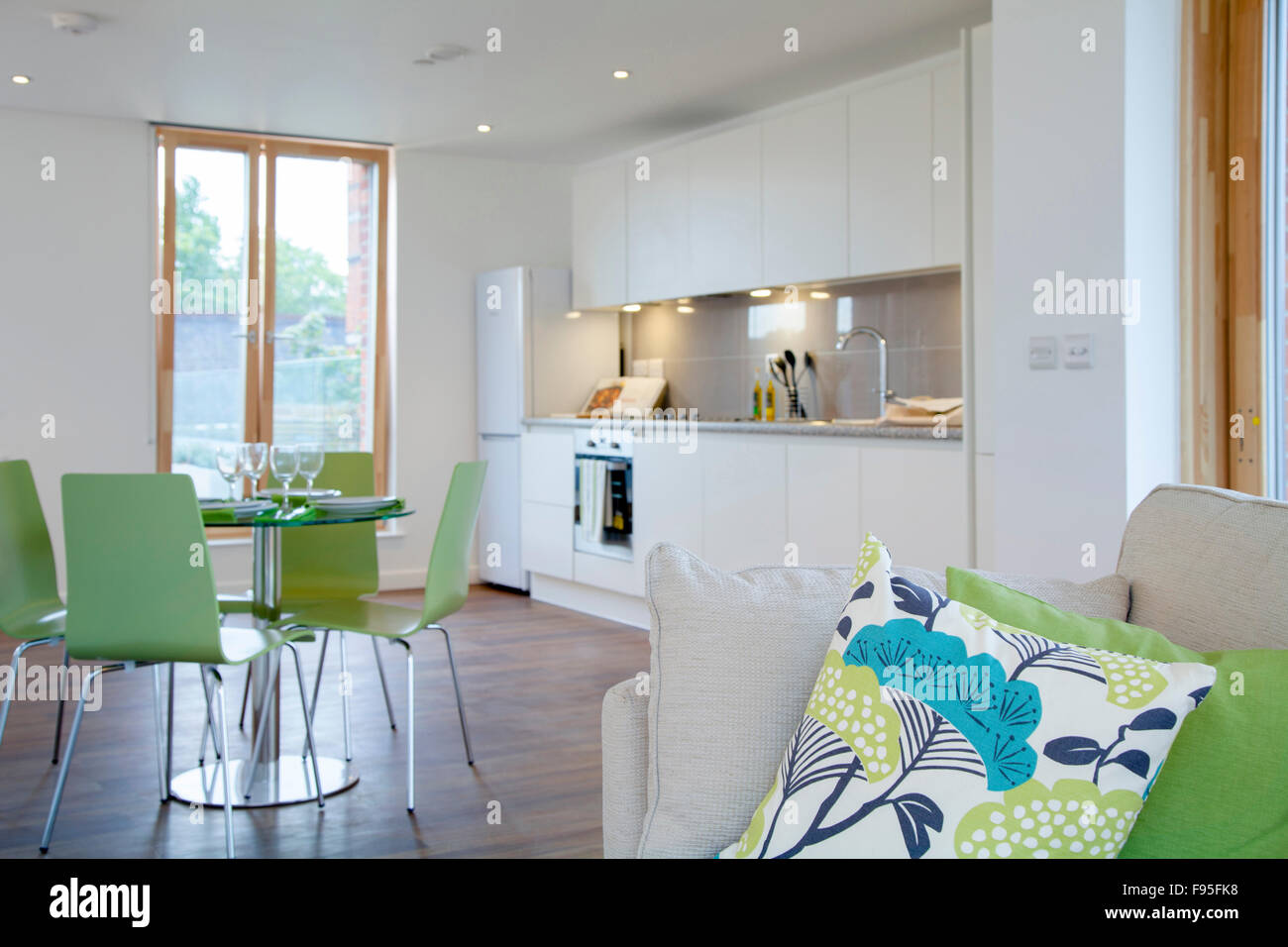 Modern church uk photos modern church uk images alamy - Appartement avec vue clifton aa interiors ...