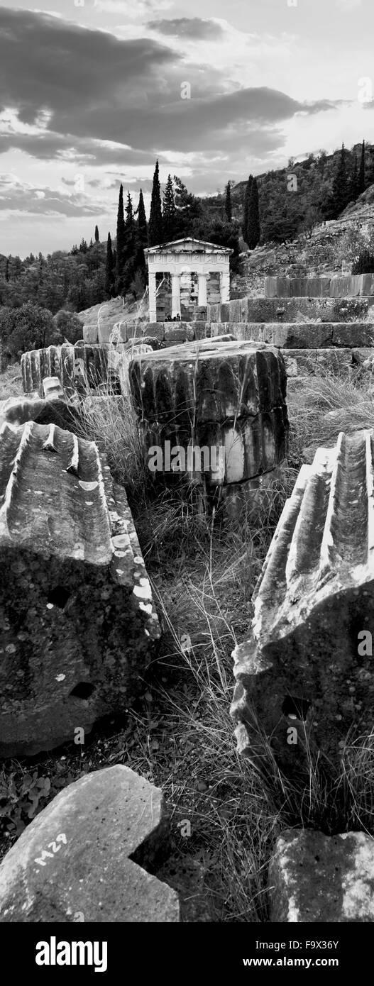 Le Conseil du Trésor des Athéniens à Delphes, site archéologique, dans la région de Fokida, Grèce centrale Banque D'Images