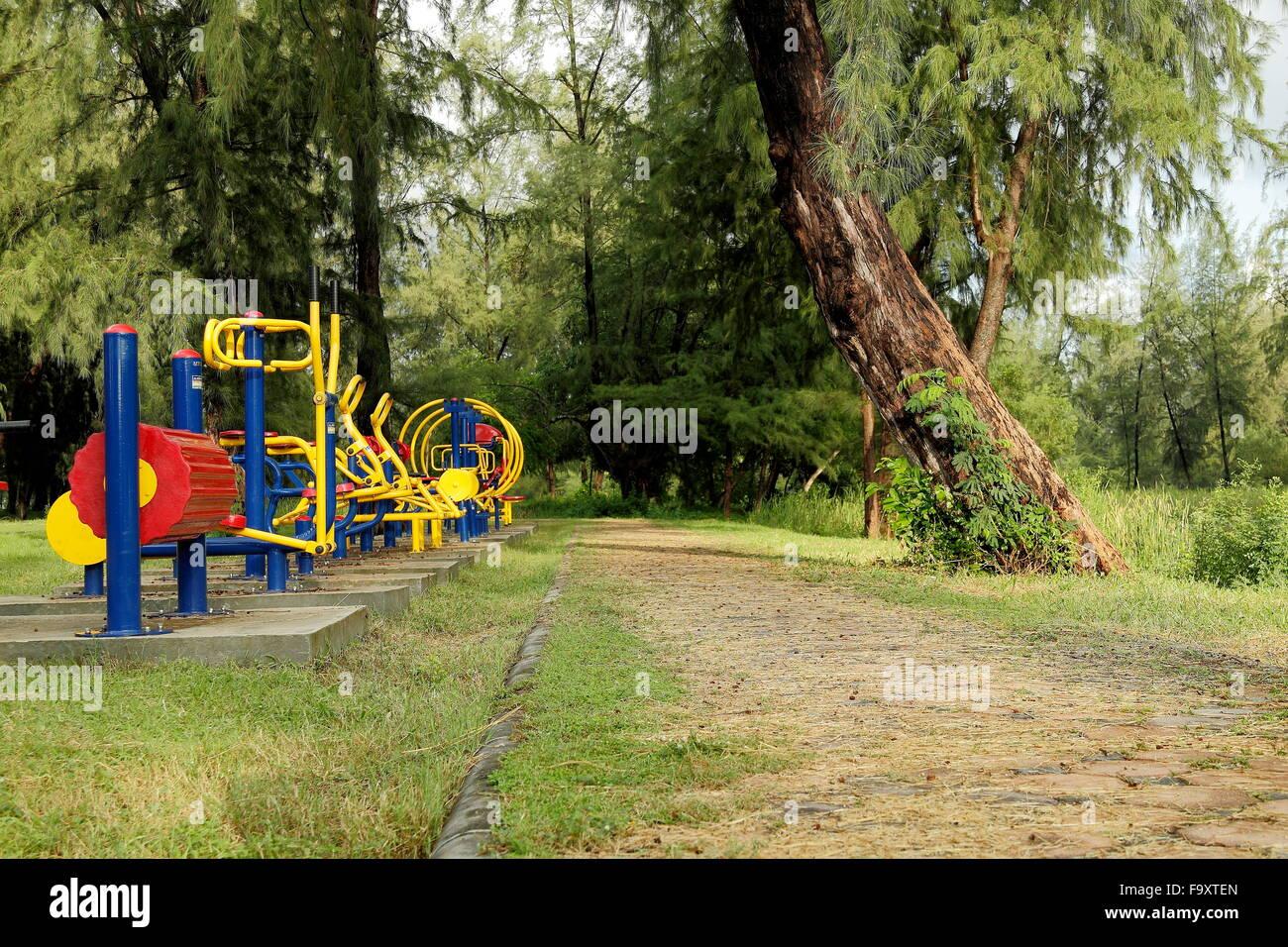 L'équipement d'exercice propagation informé. Photo Stock